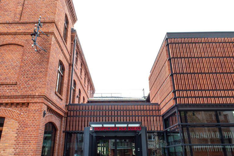 Hospicjum Caritas w Olsztynie:  instalacje grzewcze,  wod-kan, biały montaż