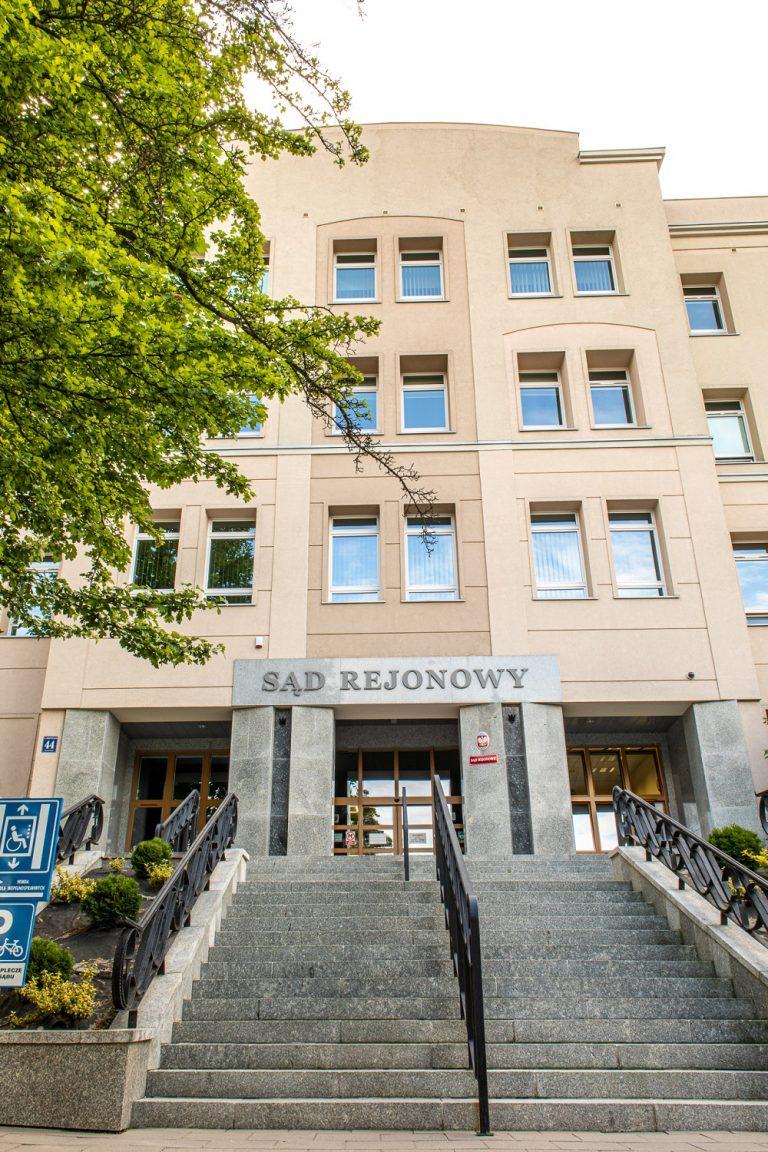 Sąd Rejonowy w Olsztynie: wymiana instalacji grzewczej i wod - kan