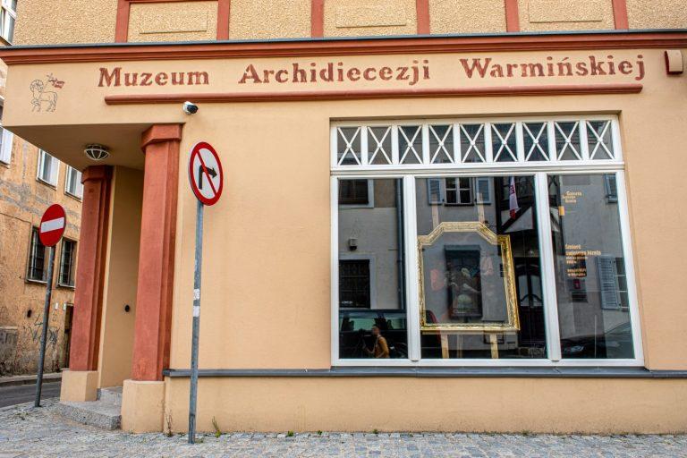 Muzeum Archidiecezji Warmńskiej w Olsztynie: kotłownia gazowa, instalacja podłogowa, wod-kan