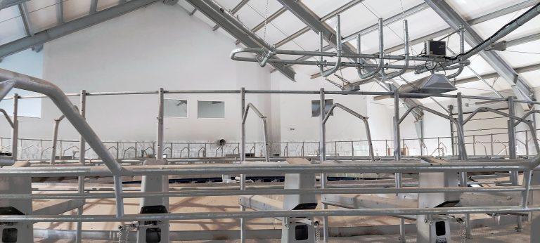 Budynek produkcyjny - gruntowa pompa ciepła, ogrzewanie podłogowe, instalacja wod-kan